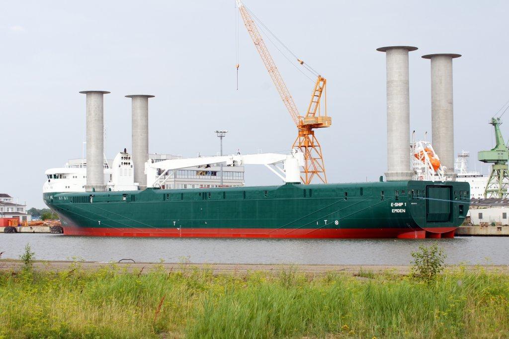 Das Frachtschiff E Ship 1 Aufgenommen Am 230710 Im Hafen Von