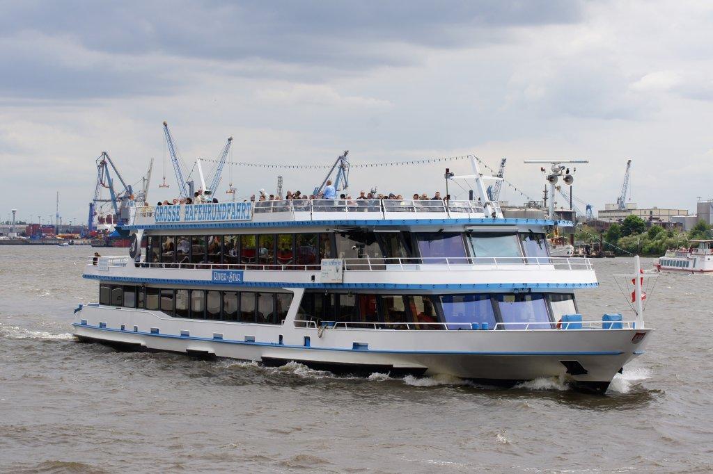 River Star aufgenommen am 24.07.10 bei Hamburg Höhe St. Pauli-Landungsbrücken