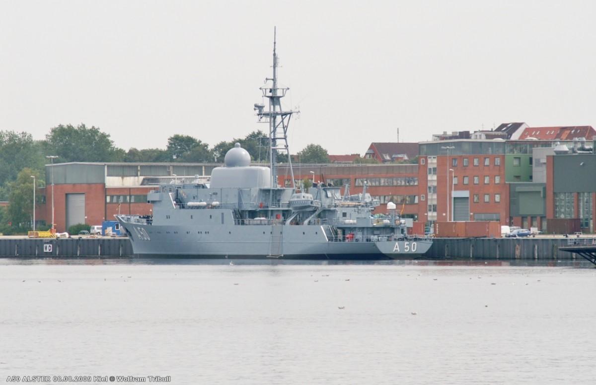 A50 ALSTER am 08.08.2009 im Marinehafen Kiel