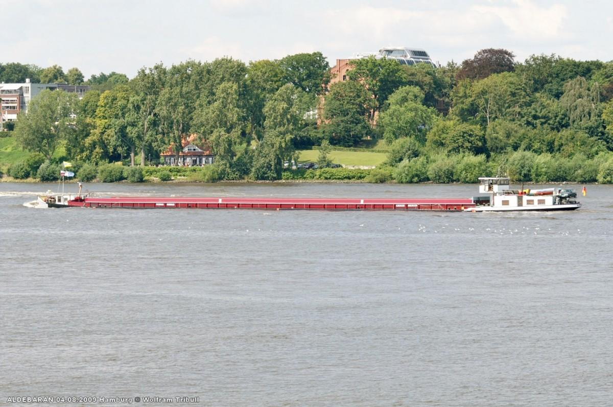 ALDEBARAN am 04.08.2009 bei Hamburg-Finkenwerder Höhe Rüschpark