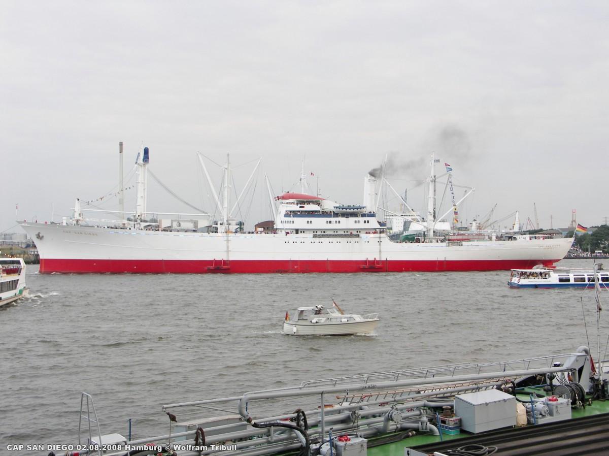 CAP SAN DIEGO am 02.08.2008 bei Hamburg Höhe Sandtorhöft bei den 1. Cruise Days Hamburg