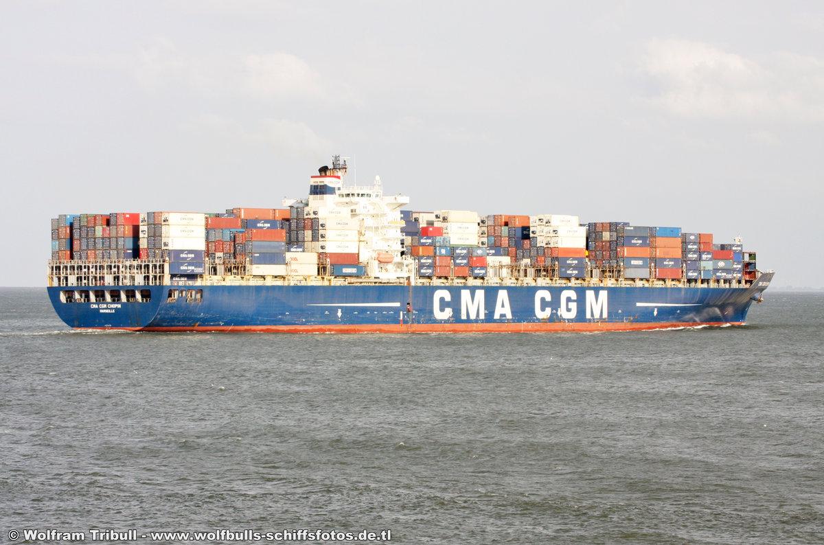 CMA CGM CHOPIN am 22. August 2012 bei Cuxhaven Höhe Steubenhöft