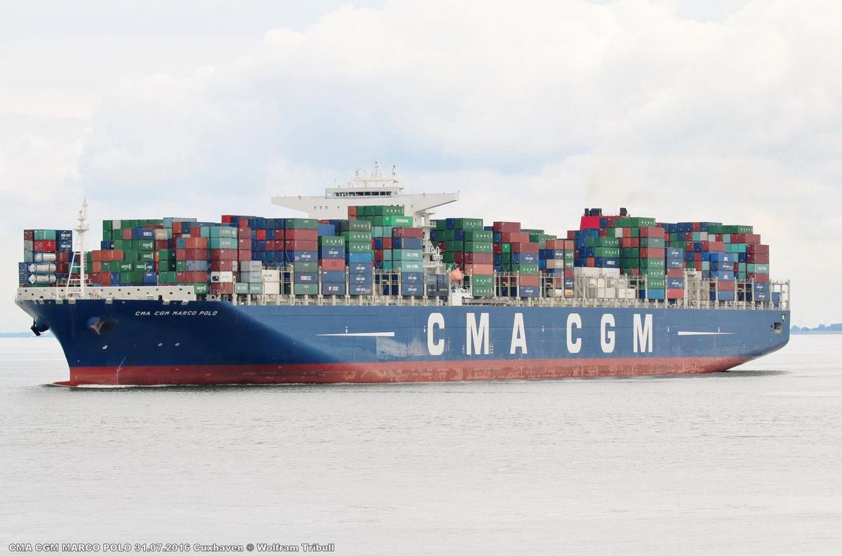 CMA CGM MARCO POLO aufgenommen am 31.07.2016 bei Cuxhaven Höhe Steubenhöft