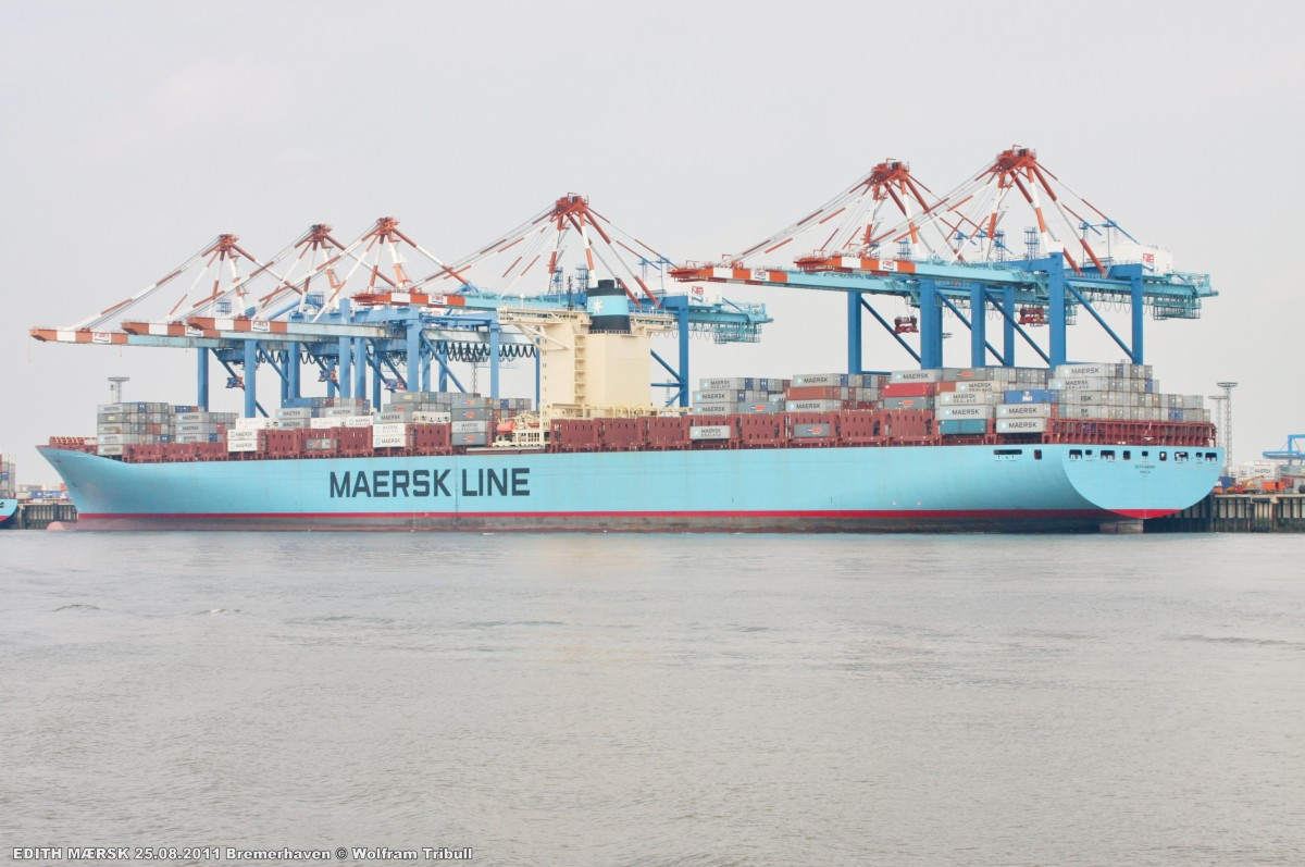 EDITH MAERSK am 25.08.2011 bei Bremerhaven Höhe Container Terminal NTB