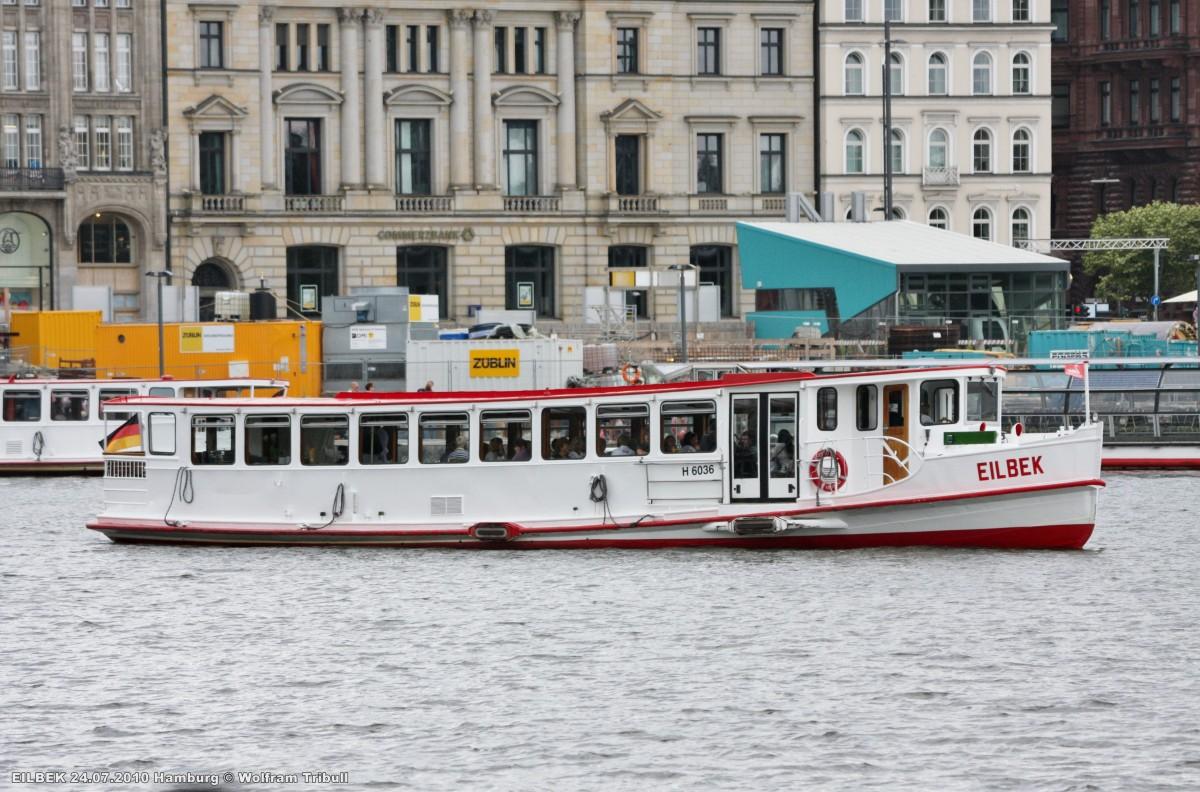 EILBEK am 24.07.2010 auf der Binnenalster in Hamburg