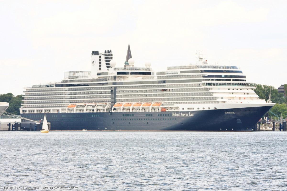 EURODAM am 18.07.2010 im Hafen von Kiel