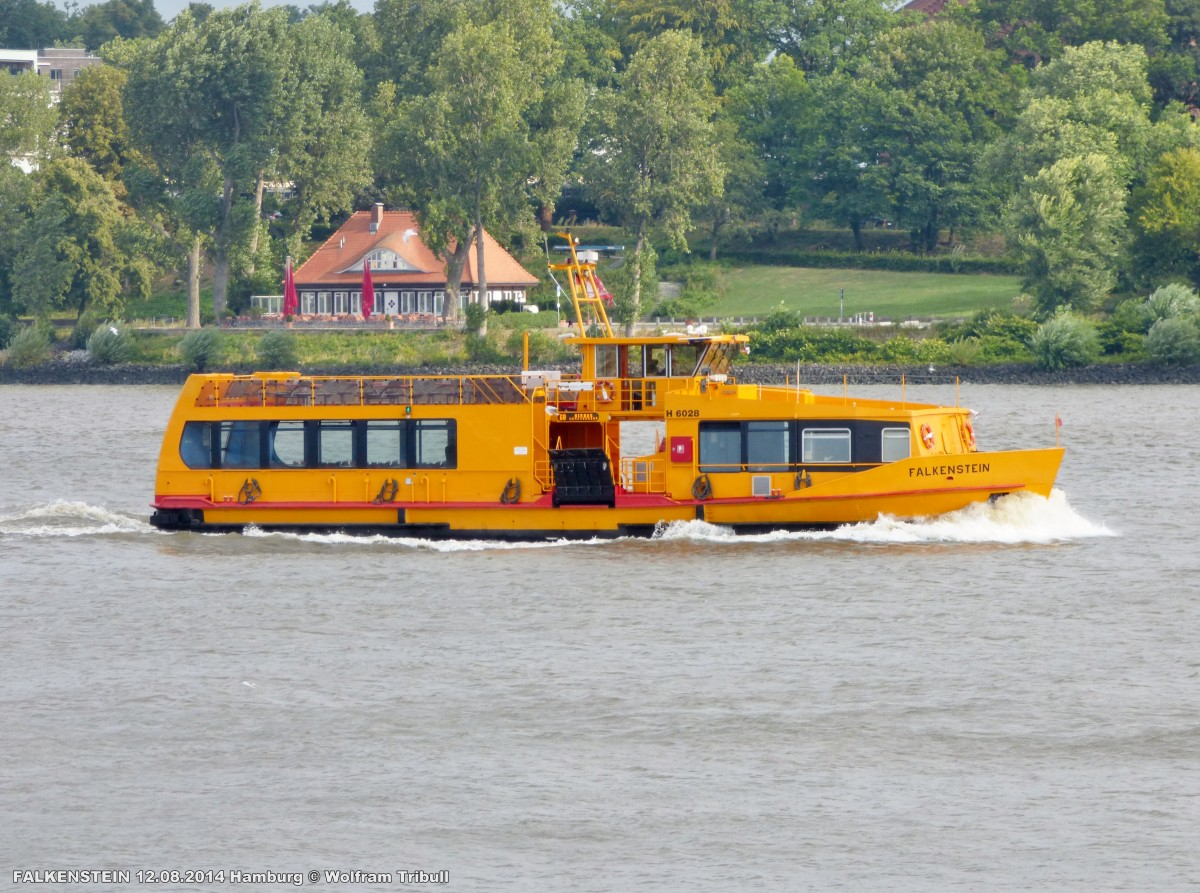 FALKENSTEIN am 12.08.2014 bei Hamburg-Finkenwerder Höhe Rüschpark