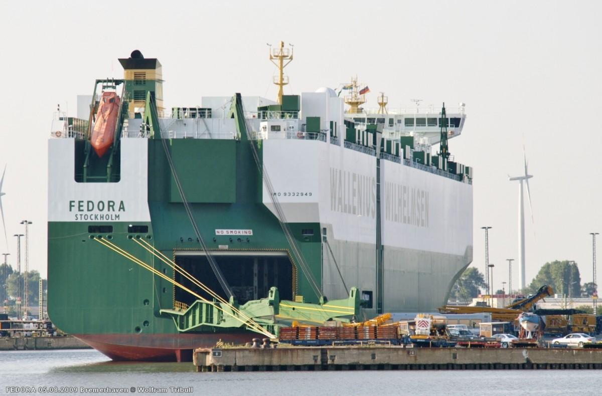 FEDORA am 05.08.2009 im Hafen von Bremerhaven