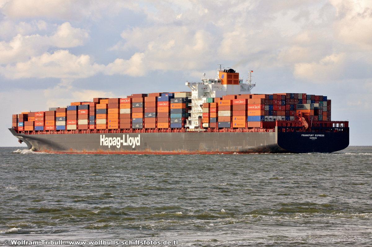 FRANKFURT EXPRESS am 30.07.2014 bei Cuxhaven Höhe Steubenhöft