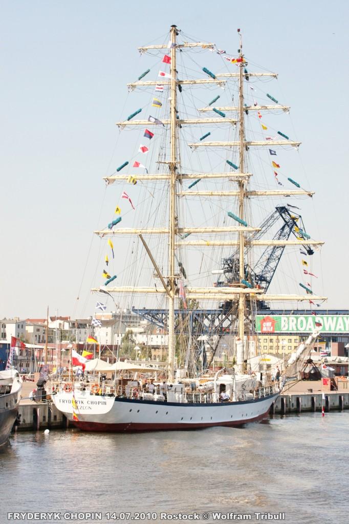 FRYDERYK CHOPIN am 14.07.2010 bei Rostock Höhe Stadthafen