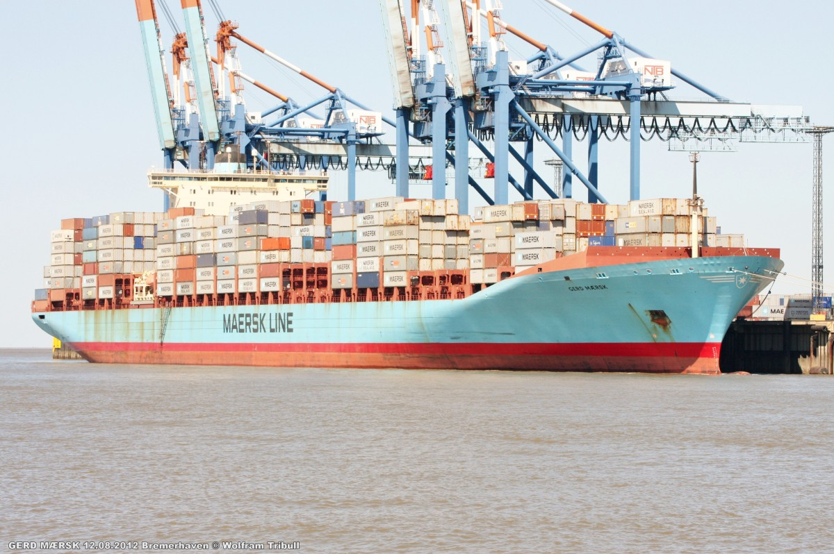 GERD MAERSK am 12.08.2012 bei Bremerhaven Höhe Container Terminal NTB