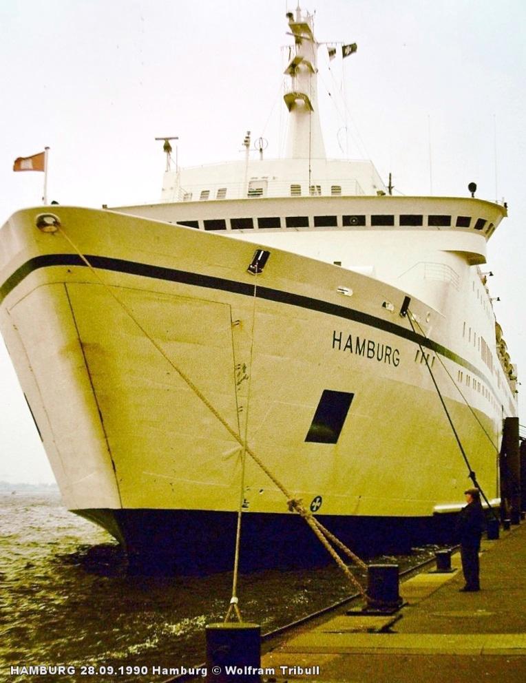 HAMBURG am 28.09.1990 an den St. Pauli-Landungsbrücken