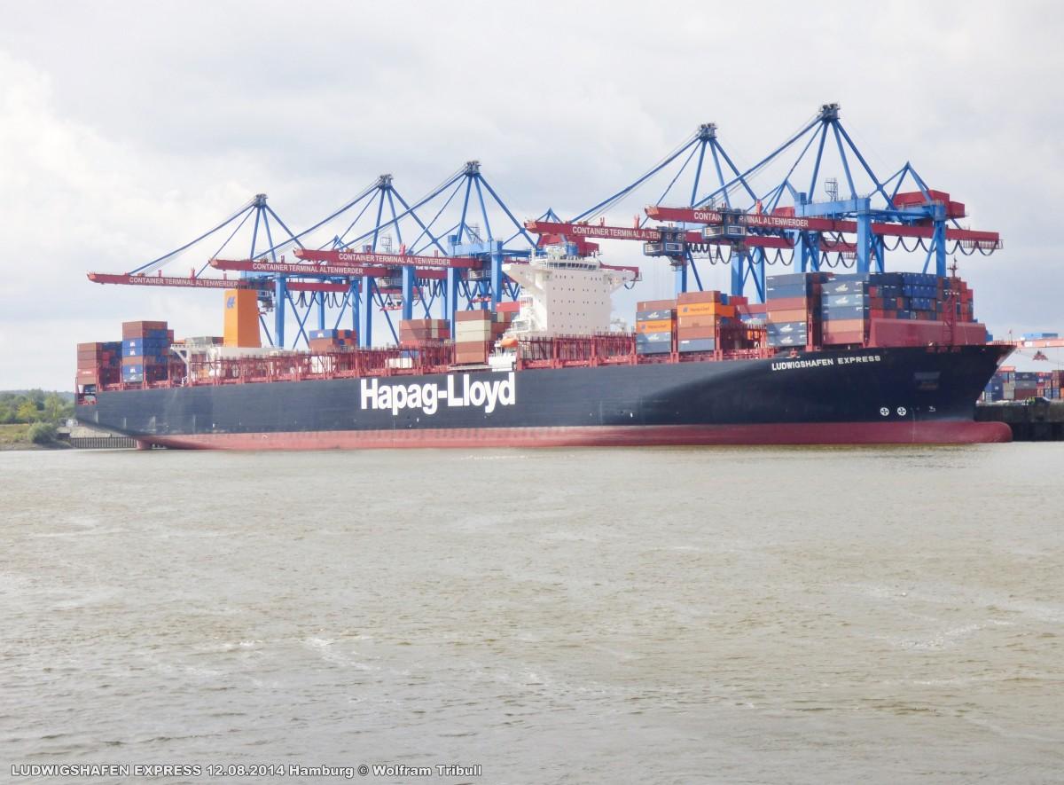 LUDWIGSHAFEN EXPRESS aufgenommen am 12.08.2014 bei Hamburg Höhe Container Terminal Altenwerder