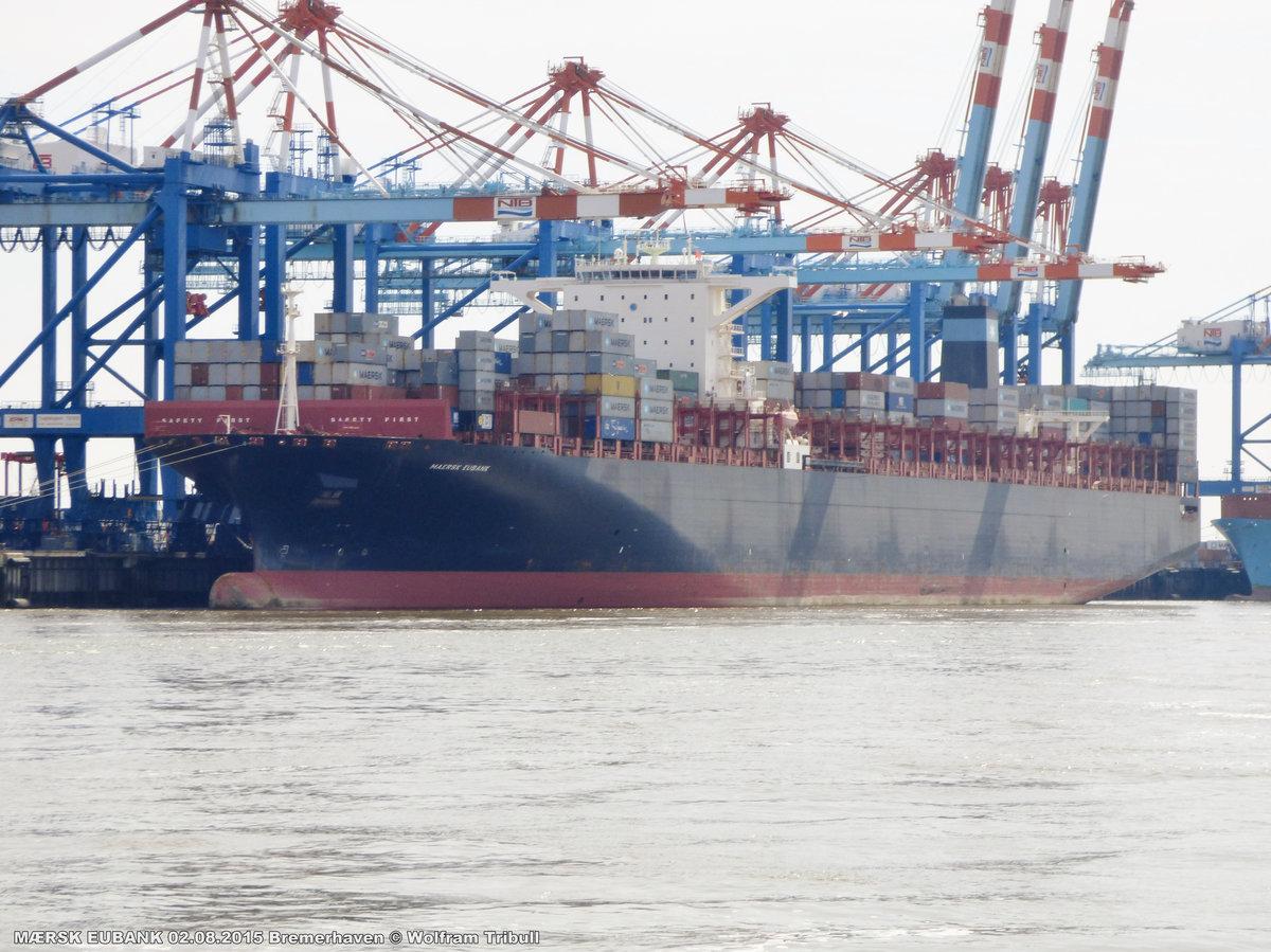 MAERSK EUBANK aufgenommen am 02.08.2015 bei Bremerhaven Höhe Container Terminal NTB
