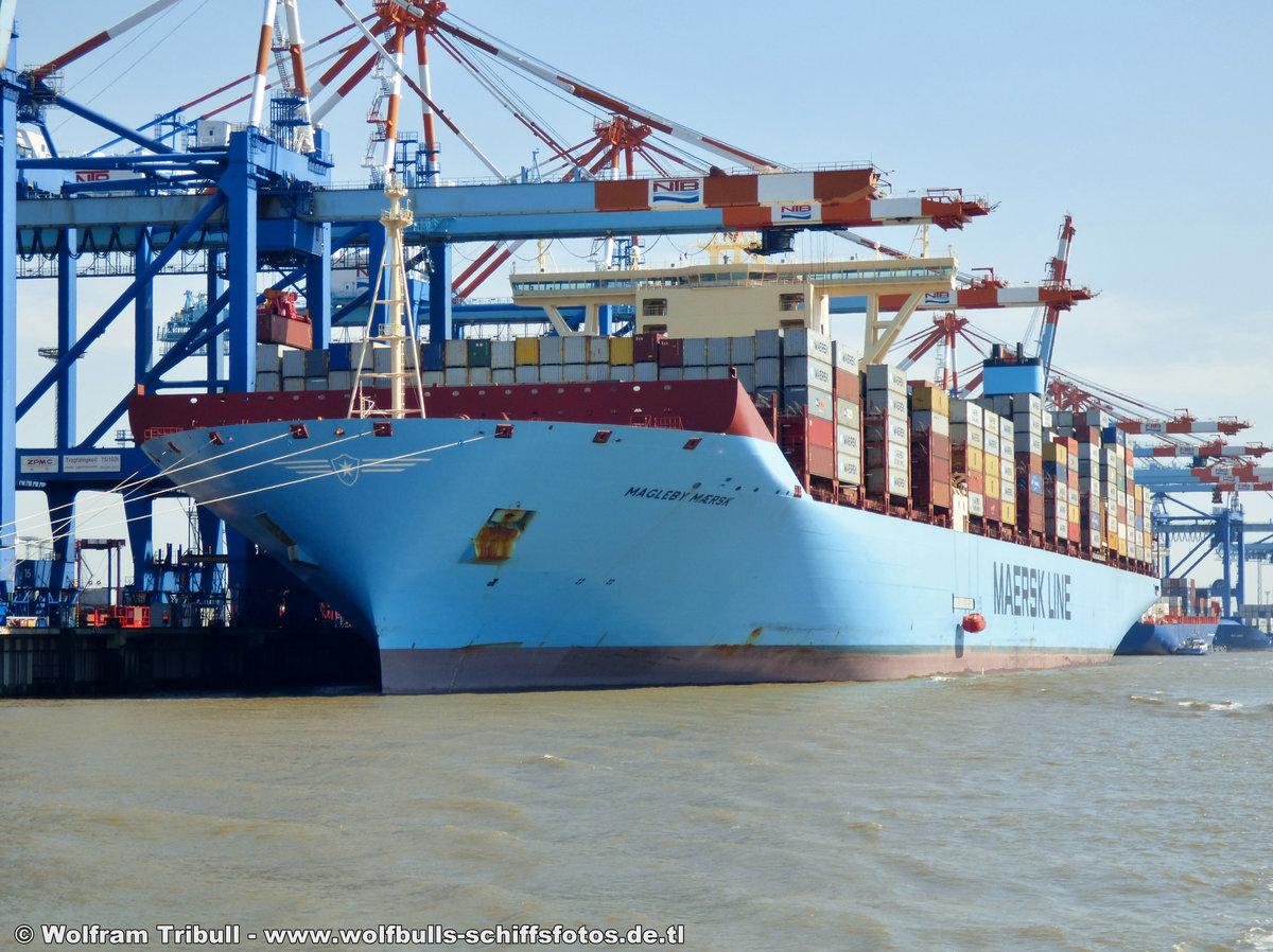 MAGLEBY MÆRSK aufgenommen bei Bremerhaven Höhe Container Terminal NTB am 03.08.2015