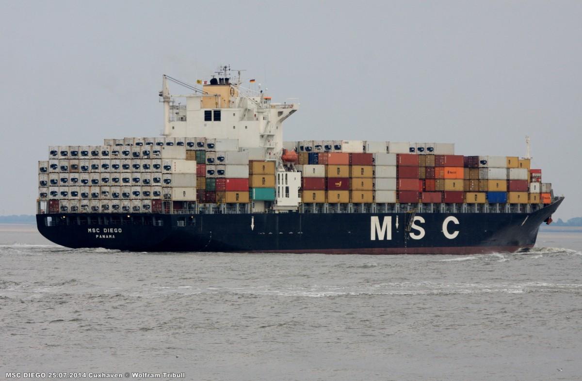 MSC DIEGO aufgenommen am 25.07.2014 bei Cuxhaven Höhe Steubenhöft