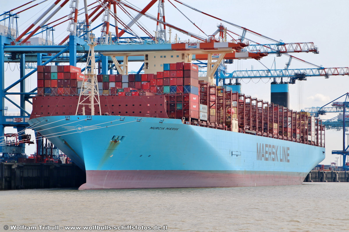 MURCIA MAERSK am 19.07.2018 bei Bremerhaven Höhe Container Terminal NTB