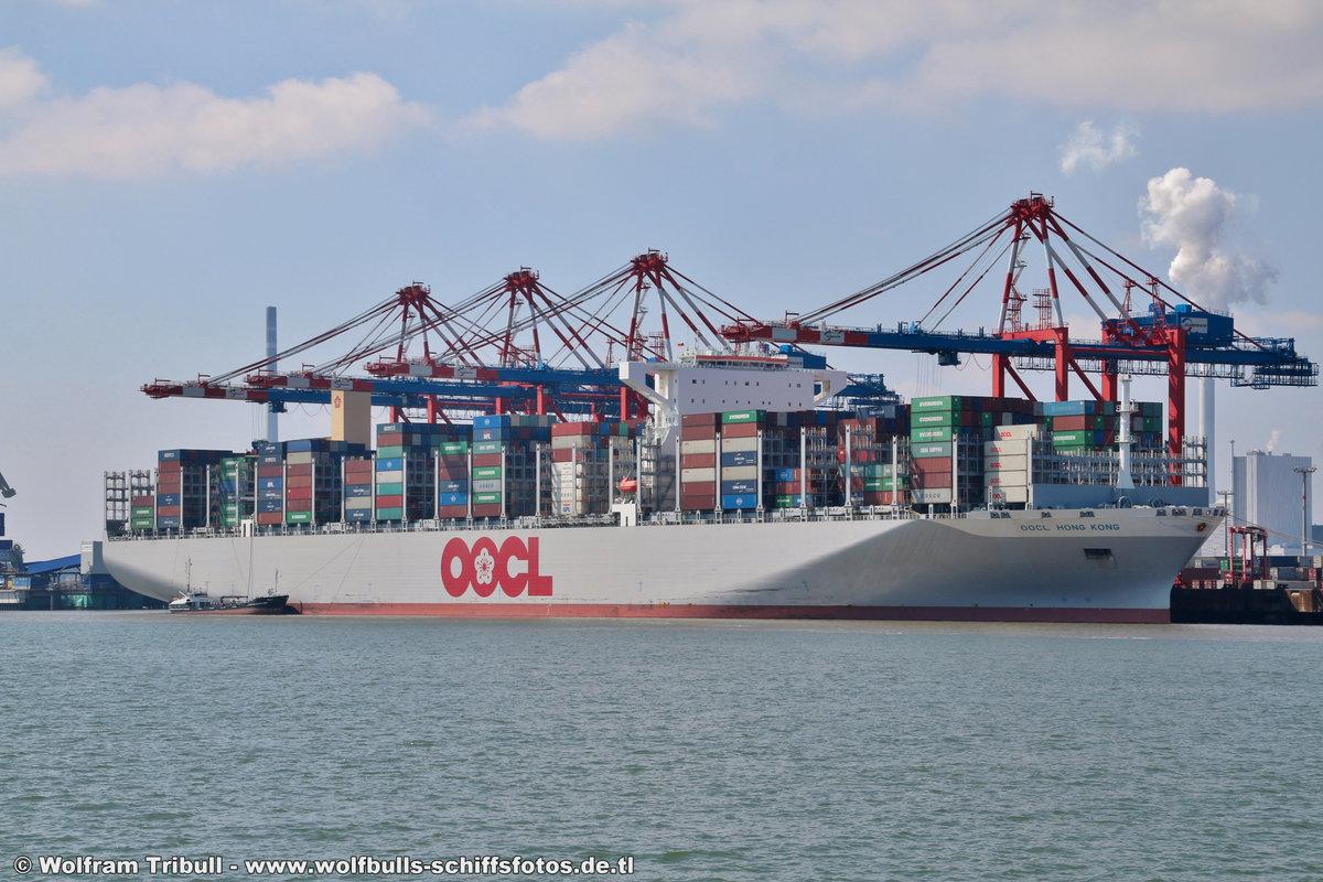 OOCL HONG KONG am 23.07.2018 bei Wilhelmshaven Höhe Container Terminal Eurogate