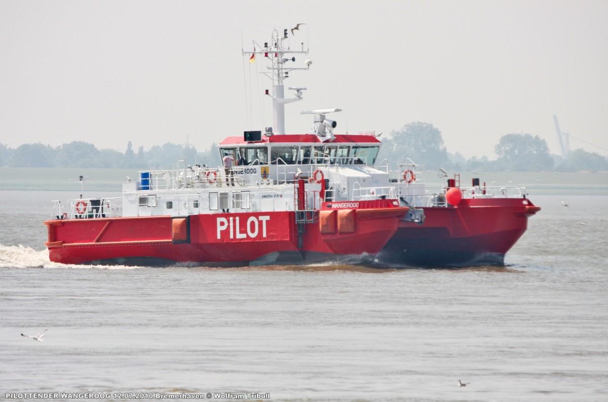 PILOTTENDER WANGEROOG am 12.07.2010 bei Bremerhaven Höhe Nordschleuse