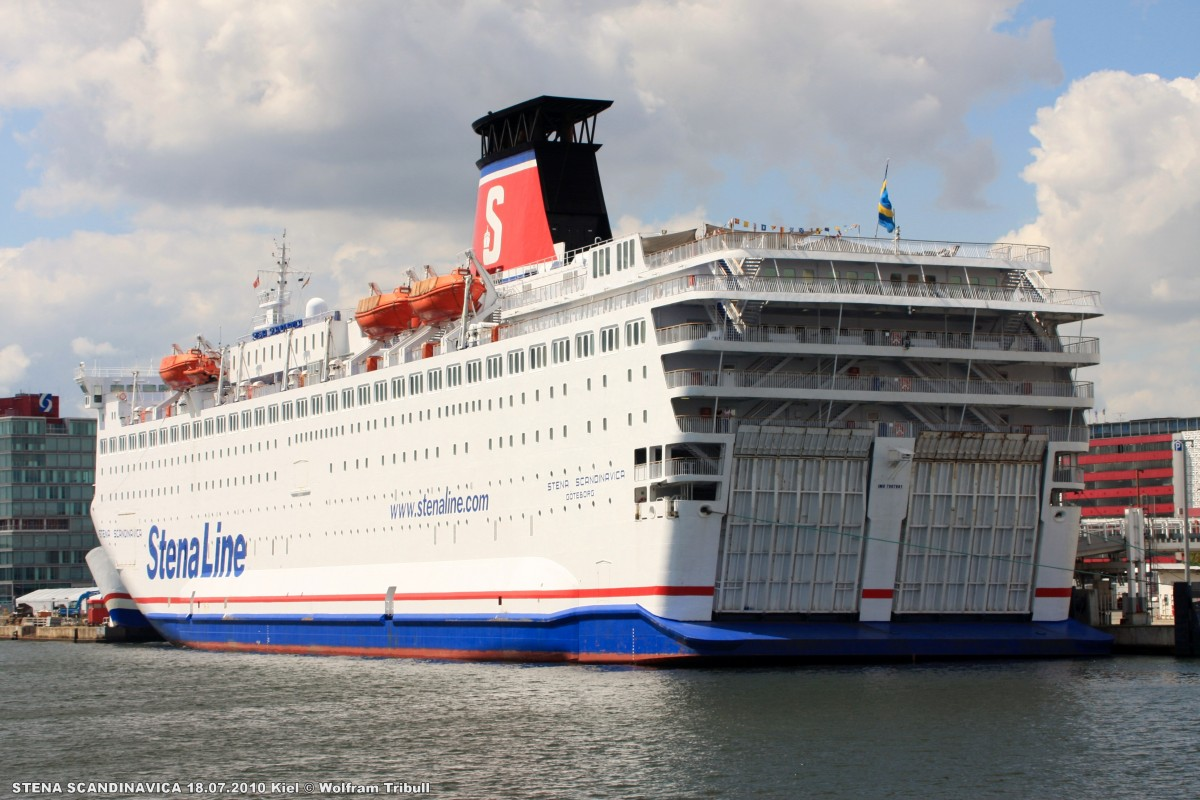 STENA SCANDINAVICA am 18.07.2010 im Hafen von Kiel
