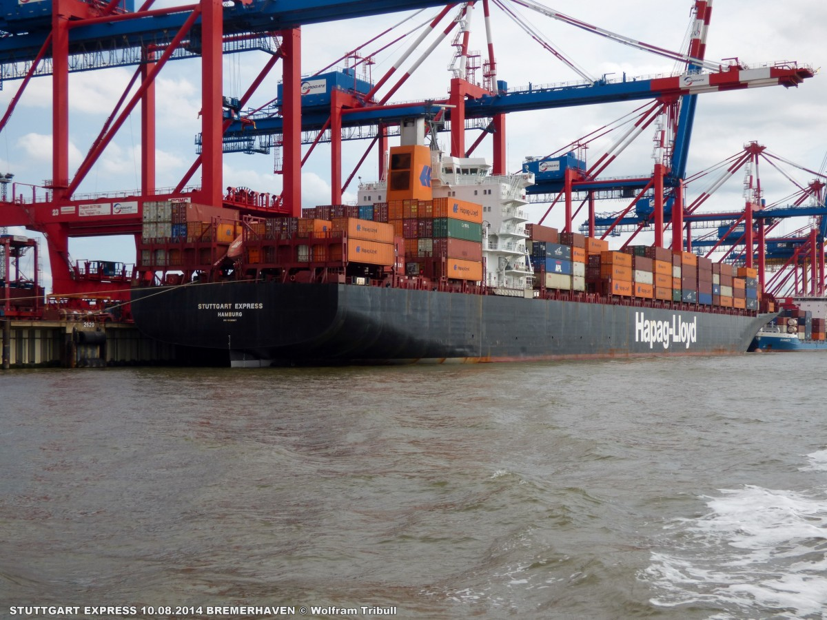 STUTTGART EXPRESS aufgenommen am 10.08.2014 bei Bremerhaven Höhe Container Terminal Eurogate