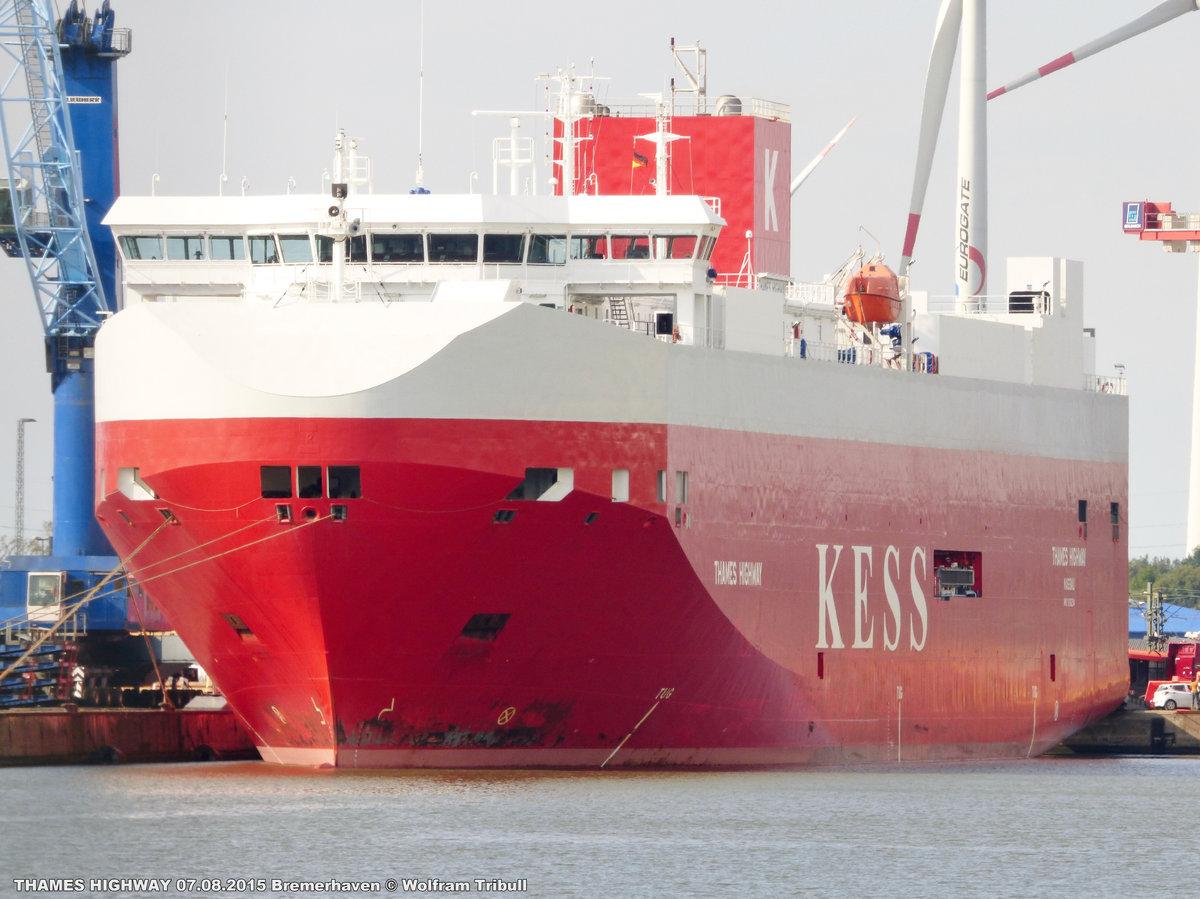 THAMES HIGHWAY am 07.08.2015 im Hafen von Bremerhaven