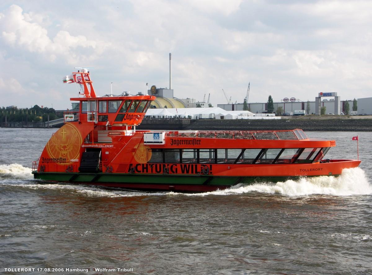 TOLLERORT aufgenommen bei Hamburg Höhe St. Pauli-Landungsbrücken am 17.08.2006