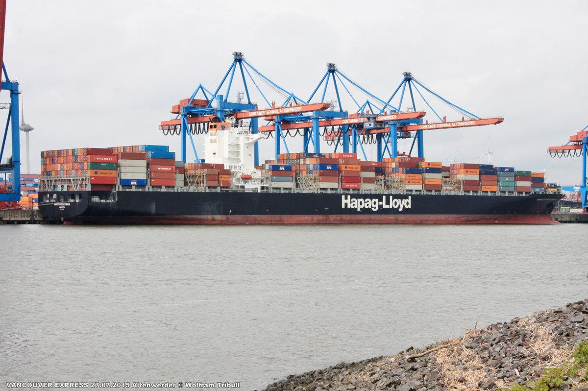 VANCOUVER EXPRESS am 27.07.2015 bei Hamburg Höhe Container Terminal Altenwerder