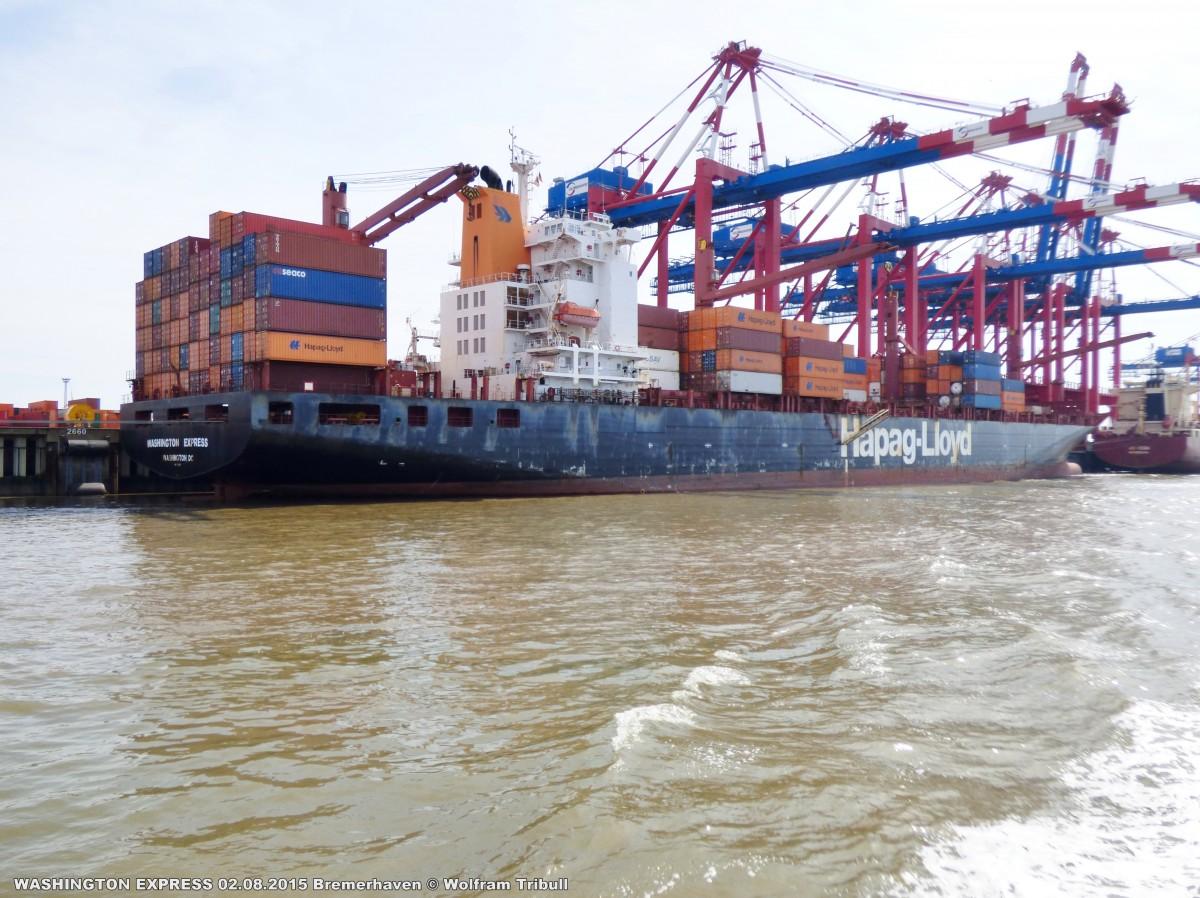 WASHINGTON EXPRESS aufgenommen bei Bremerhaven Höhe Container Terminal Eurogate am 02.08.2015